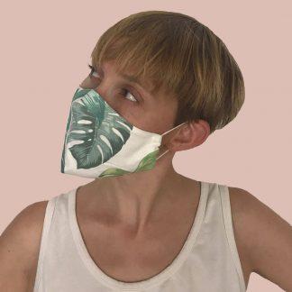 face masks · mascarillas